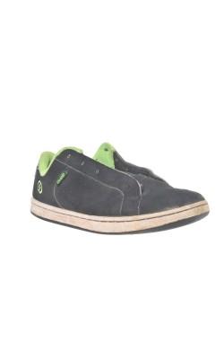 Adidasi Oxelo skateboard, marime 34