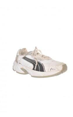 Adidasi Puma copii, marime 33