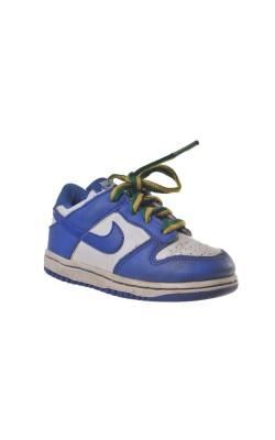 Ghetute Nike, marime 22