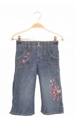 Jeans broderie florala buzunar si picior Faded Glory, 5 ani