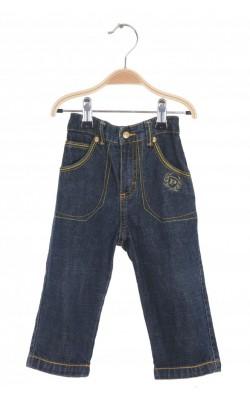Jeans Phat, 18 luni