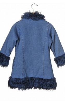 Paltonas matlasat Pepito, 4 ani