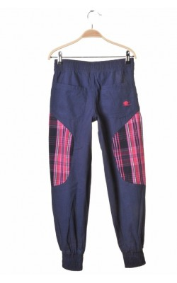 Pantaloni Bergans of Norway, 10 ani