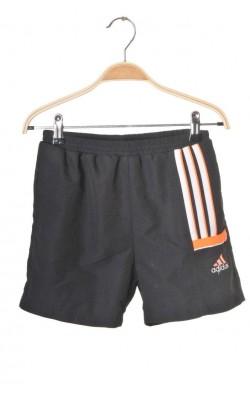 Pantaloni scurti Adidas, 10 ani