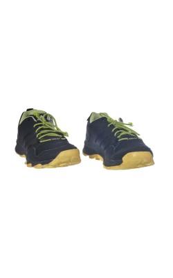 Pantofi Adidas Gore-Tex, marime 35