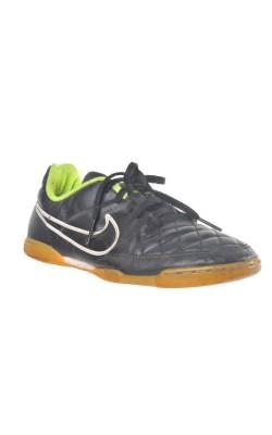 Pantofi fotbal Nike Tiempo, marime 34