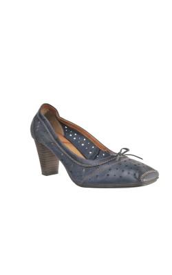 Pantofi piele perforata Tamaris, marime 39