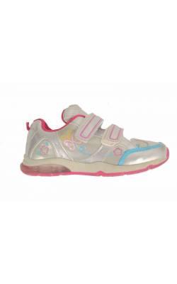 Pantofi sport fetite, decor fluturi si inimioare, marime 28