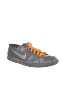 Pantofi sport Nike, marime 38.5