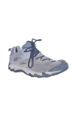 Pantofi trekking Columbia Saber Xcr, marime 37