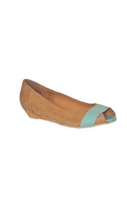 Pantofi usori din piele Venturini, marime 40