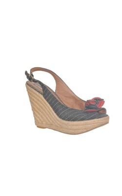 Sandale cu platforma Steve Madden, marime 38