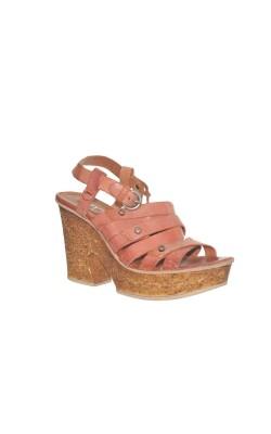 Sandale din piele Mjus, comode si usoare, marime 38
