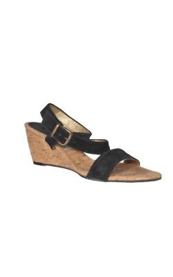 Sandale usoare din piele, talpa pluta, marime 38